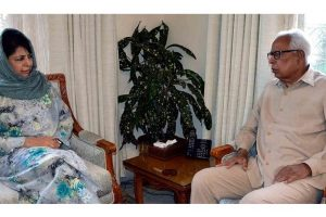 Mehbooba convenes all-party meeting on May 9 to discuss stone-pelting issue