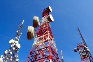 Govt to set up 4,072 mobile towers in LWE areas at cost of Rs 7,330 crore