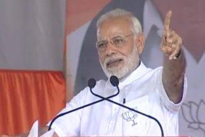 At Tumakuru, PM Modi narrates how he 'saved' Deve Gowda