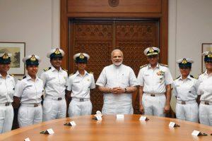 PM Modi meets INSV Tarini crew, encourages them to pen their voyage
