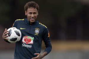 Neymar clears the air on Real Madrid rumours