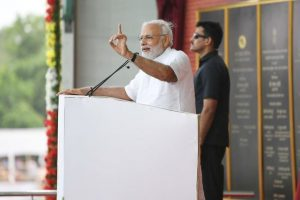 PM Modi lays foundation stone for various projects in Jharkhand, slams Cong