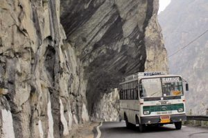 Bus services on world's highest motorable route from Delhi to Leh resumes