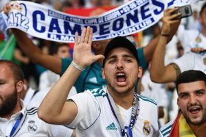 Real Madrid fans celebrate peacefully at Cibeles fountain