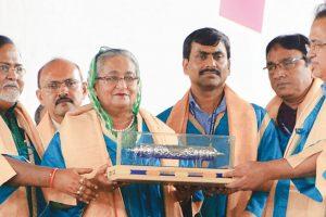 'Rise above communalism'