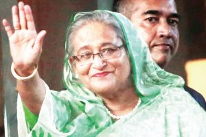 Mamata holds one-on-one meet with Hasina