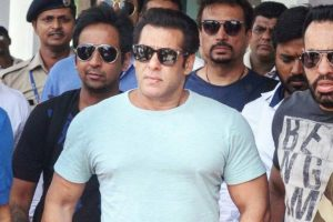 Blackbuck poaching case: Salman Khan's bail plea hearing on Monday, reaches Jodhpur