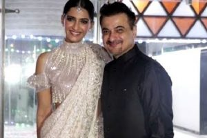 Sanjay Kapoor shares throwback picture with 12-year-old Sonam
