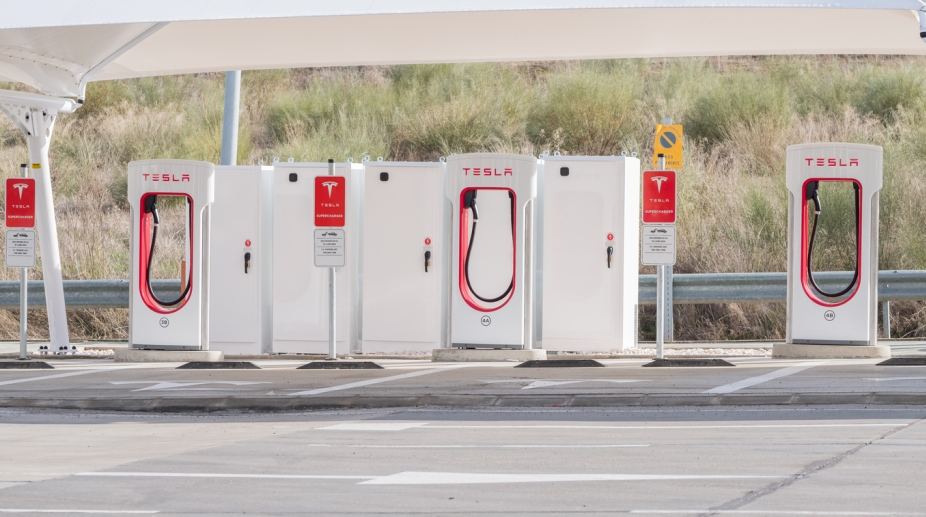 10K 'Supercharger' stations worldwide soon: Musk