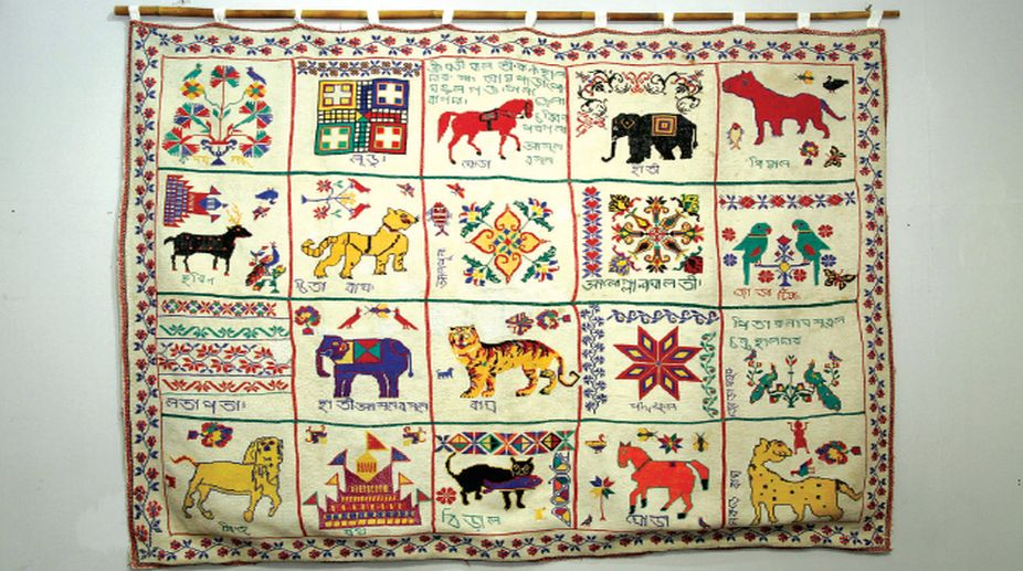 art, weavers of Bengal, Ashon Kantha, rural bengal