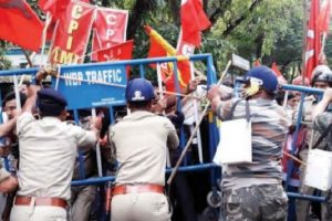 CPM men hurt in S Dinajpur clash