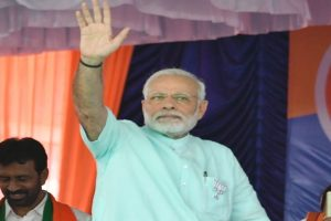 UP: PM Modi reaches Lucknow, will pay homage to Sant Kabir