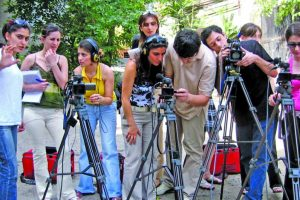 News media at crossroads