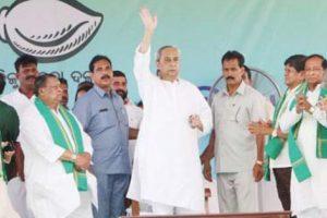 CM Patnaik dares state born BJP leaders to oppose Chh'garh