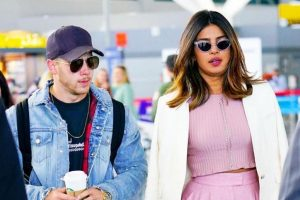 Priyanka, Nick Jonas coming to Mumbai to meet PeeCee's mother?