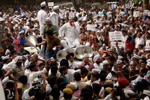 AAP protest: Delhi Metro shuts five stations; police say no permission for rally