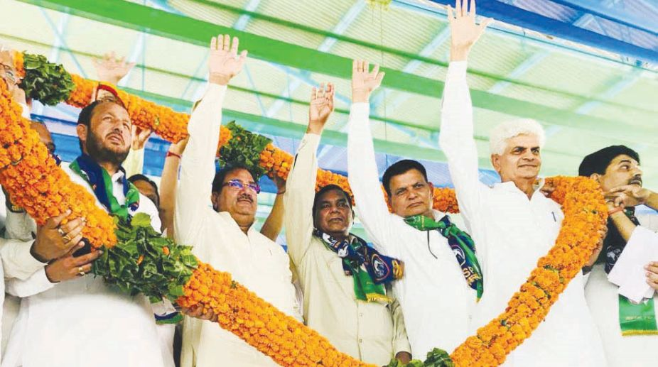 Farmers, crop insurance, INLD, Abhay Singh Chautala