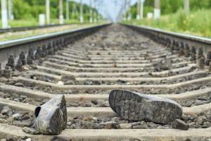 Maharashtra: 3 coaches of Mumbai-Howrah Mail derail in Igatpuri