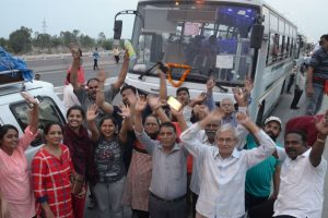 Fresh batch of pilgrims leave for Amarnath