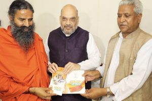 Amit Shah meets Yoga guru Ramdev as part of BJP's outreach exercise