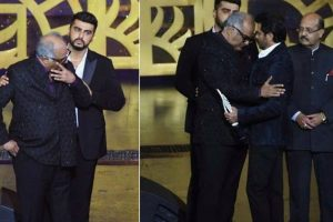 IIFA 2018: Boney Kapoor gets emotional as he accepts Sridevi's award, Arjun Kapoor, Anil Kapoor console
