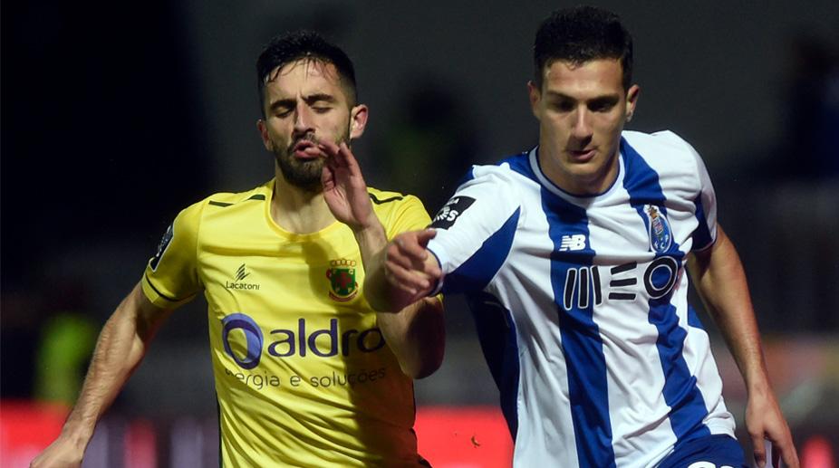 Diogo Dalot, F.C. Porto, Premier League, Manchester United F.C., Manchester United Transfer News