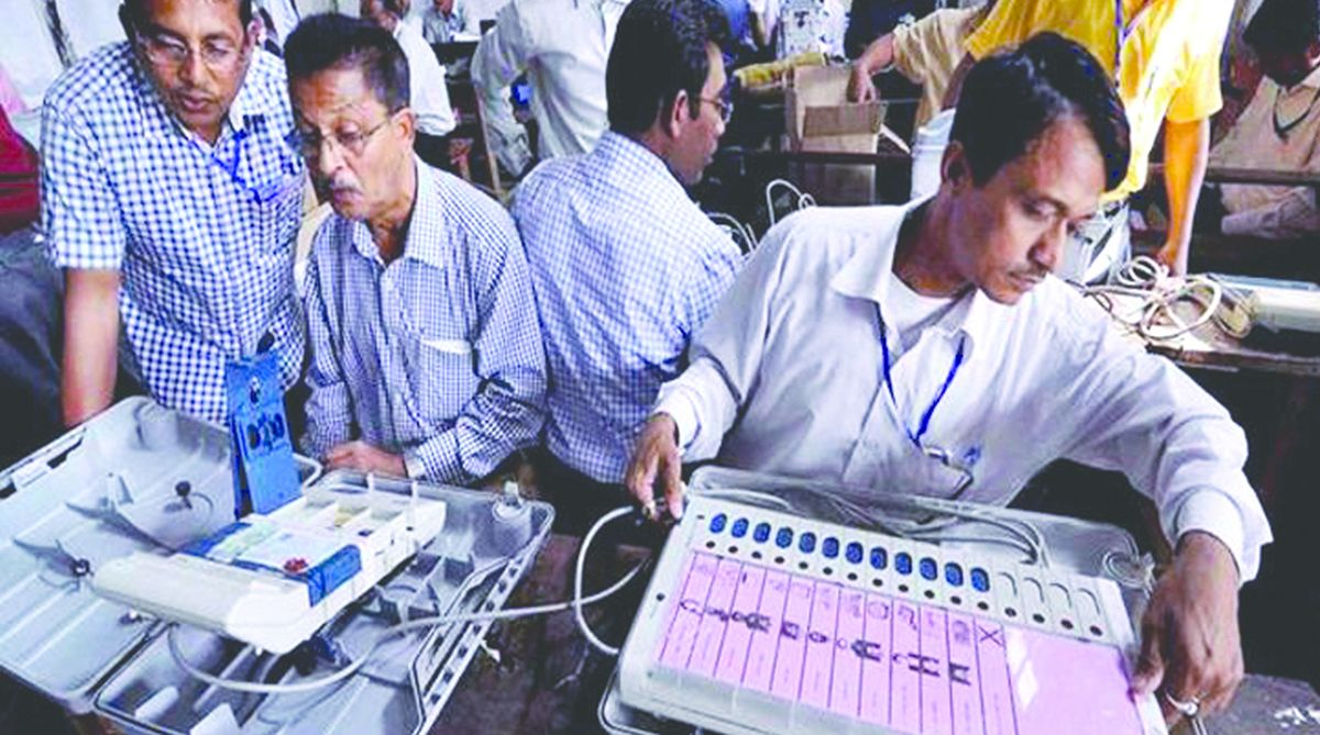 Electronic Voting Machines, ballot paper system, Election Commission