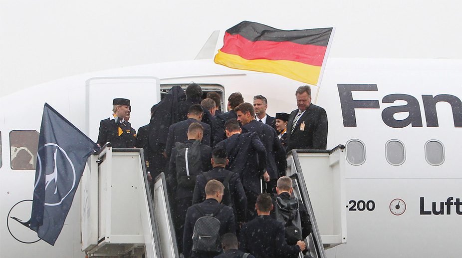 2018 FIFA World Cup | Defending champs Germany arrive in ...