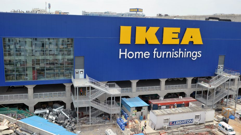 Ikea restaurant, Swedish meatballs