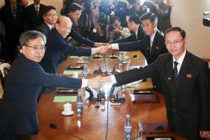 Koreas discuss family reunion, humanitarian issues
