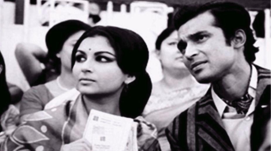 Satyajit Ray's Seemabaddha