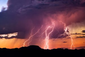 Groom behaves strangely after lightning strike, bride refuses to marry him