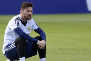 2018 FIFA World Cup | Lionel Messi the star attraction as Ever Banega trains apart