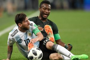 Messi suffered more than ever to reach World Cup last 16