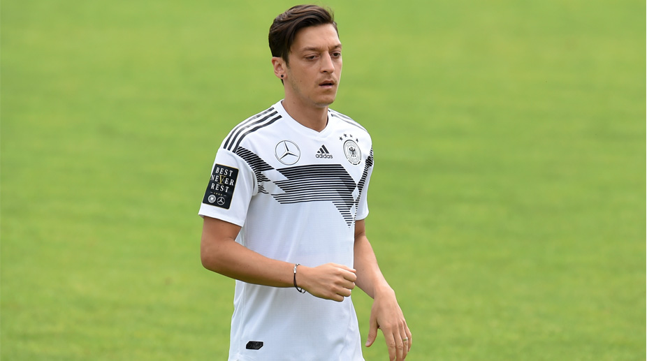 Ozil out of final warm up game