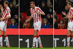 Watch: Peter Crouch reminds Gareth Southgate he's still got it with incredible trick shot