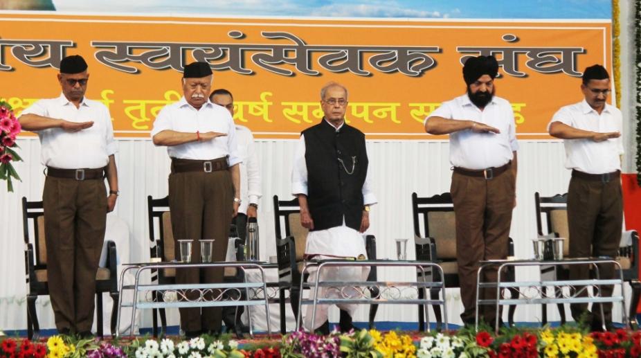 Pranab Mukherjee RSS Mohan Bhagwat