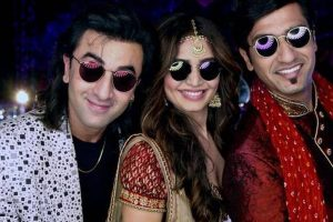 Sanju: Ranbir Kapoor, Vicky Kaushal, Karishma Tanna on new still