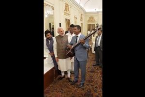 Watch Seychelles President Danny Faure sing a song at official lunch with PM Modi