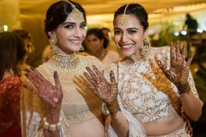 Best friends Sonam Kapoor, Swara Bhasker differ on this count; find what