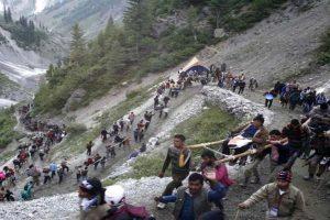 Hundreds of Amarnath pilgrims stranded due to bad weather, landslides