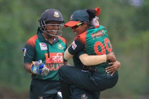 Bangladesh women cricketers get cash promise after Asia Cup