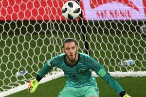 Spain's Asensio defends goalkeeper David de Gea from growing criticism