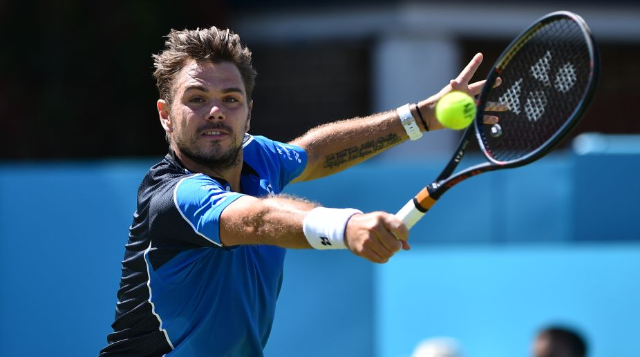 Wawrinka eases to opening win at Queen's