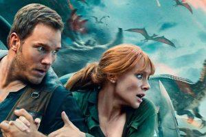 Jurassic World: Fallen Kingdom becomes the 3rd film to gross $1 billion in 2018