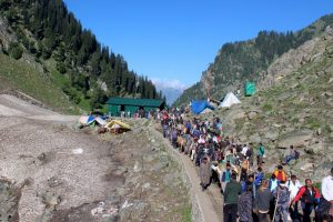 Amarnath Yatra suspended for third day in a row, thousands of pilgrims stranded