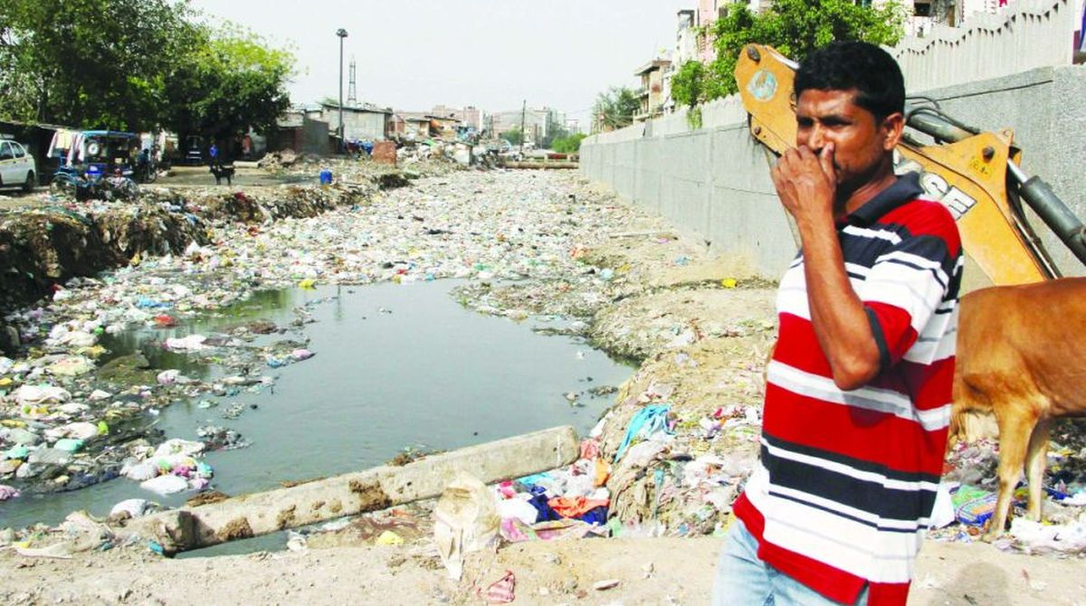 government, accumulated garbage, National Capital Territory,Lieutenant-Governor,NDA government