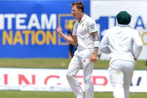 Dale Steyn equals Shaun Pollock's record of South Africa's joint highest Test wicket-taker