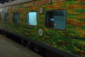 Undercooked food on Duronto Express, IRCTC to end caterer's contract