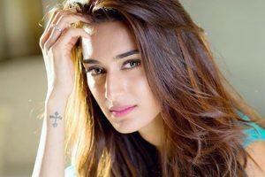 Erica Fernandes to feature in remake of Kasautti Zindagii Ki